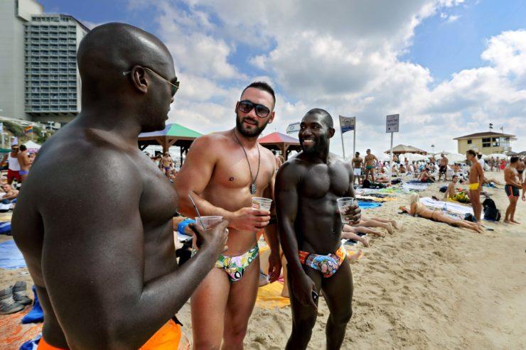 Tel Aviv Beach Life 22
