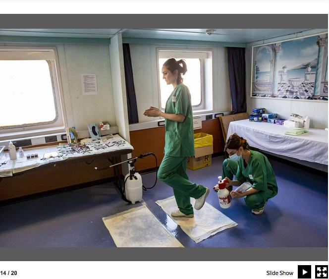 Genova. La nave che si è trasformata in un ospedale contro il Covid-19 16